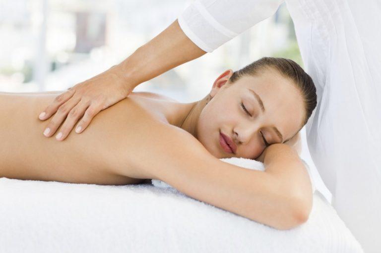 Masaje tántrico de espalda